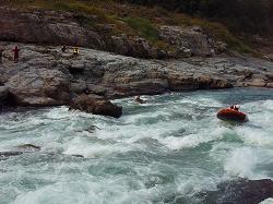 川での救助